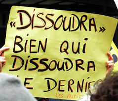 """""""dissoudra"""" bien qui dissoudra le dernier... (les antifas)"""