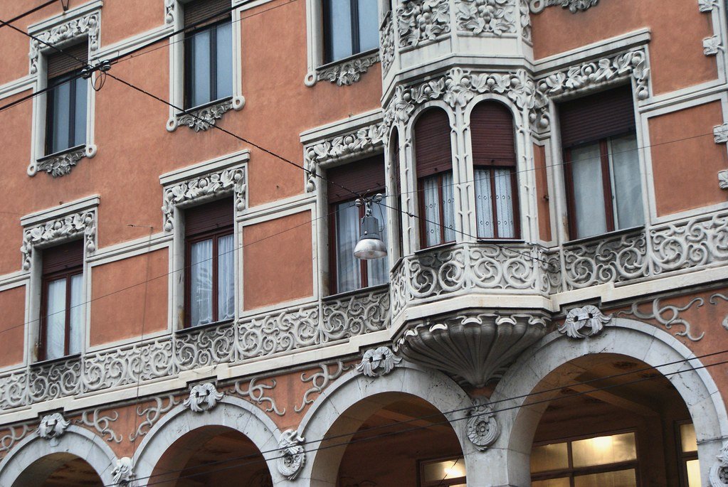 Batiment art nouveau sur l'avenue Via XX settembre à Gênes.