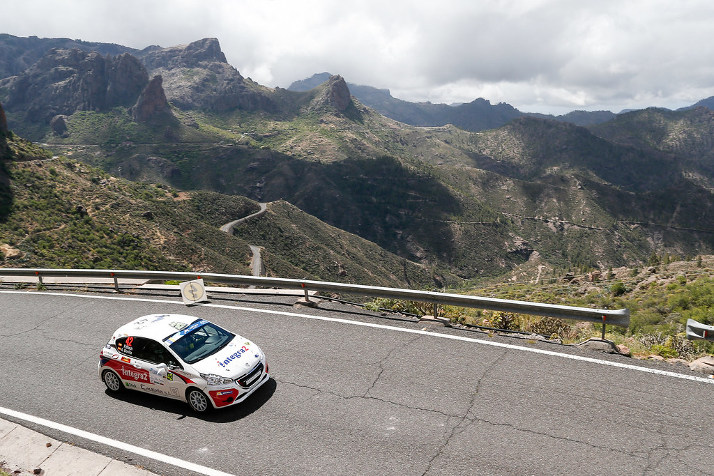 42 BLACH NUNEZ  Roberto (ESP), DELGADO Ariday  Bonilla (ESP), PEUGEOT 208 VTI R2, Action during the 2017 European Rally Championship ERC Rally Islas Canarias, El Corte Inglés,  from May 4 to 6, at Las Palmas, Spain - Photo Alexandre Guillaumot / DPPI