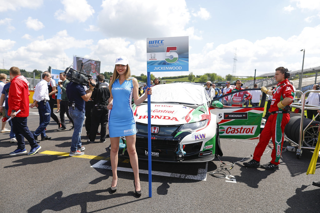 grille de depart starting grid 05 MICHELISZ Norbert (hun), Honda Civic team Castrol Honda WTC, action   during the 2017 FIA WTCC World Touring Car Race of Hungary at hungaroring, Budapest from may 12 to 14 - Photo Frederic Le Floc'h / DPPI