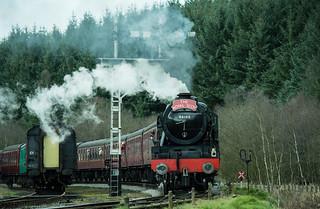20170330-54a_The Royal Scot Engine 46100 leaving Levisham Station