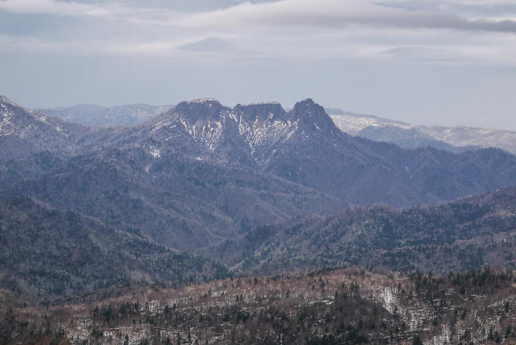 Muine-yama Chiseki Plateau Ski Touring (Hokkaido, Japan)