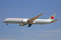 C-FRSI Boeing 787-9 Air Canada YVR 17JUL18