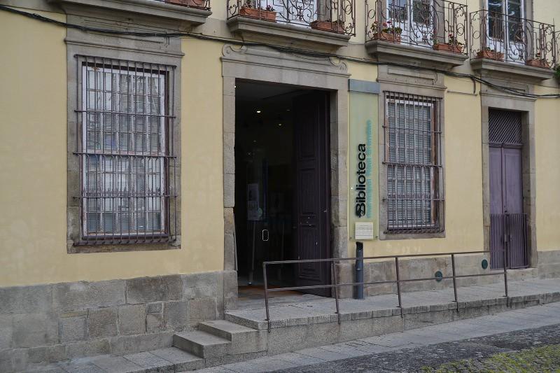 Biblioteca_Municipal_Raul_Brandao