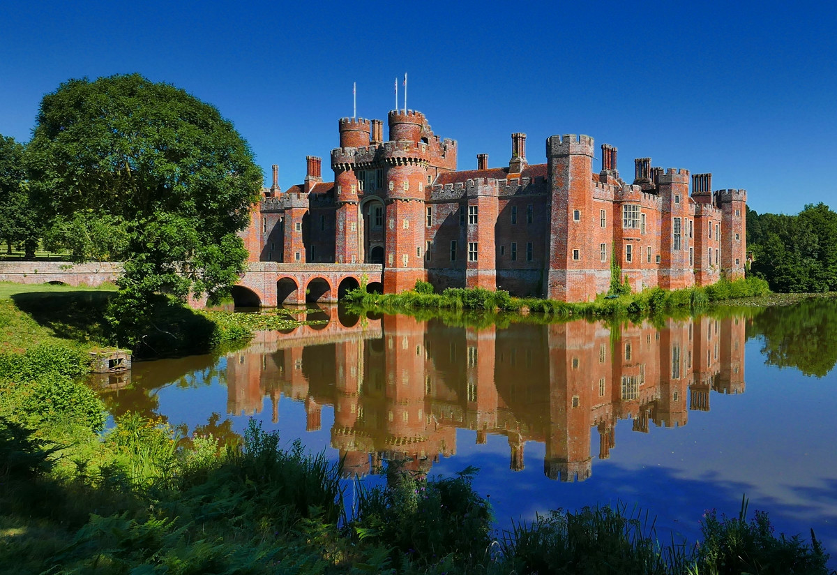 Herstmonceux Castle. Credit Tom Lee, flickr