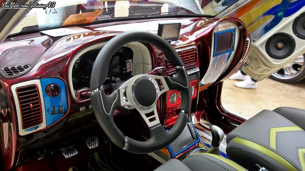Emejing tuning interieur auto contemporary trend ideas for Interieur tuning shop