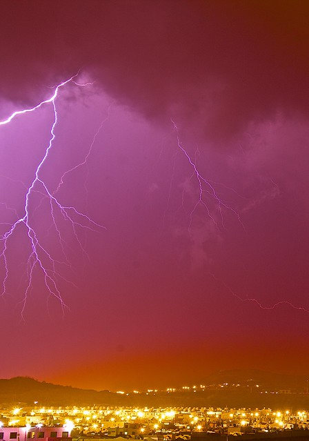 Lightning Over Hidalgo, Canon EOS 5D MARK II, Tamron SP AF 17-35mm f/2.8-4 Di LD Aspherical IF
