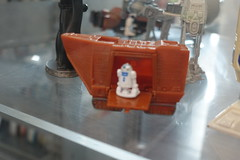 Star Wars Day - Sandcrawler and R2D2 toy