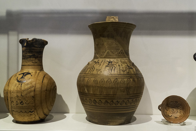 Greek Archaic Pottery –  LG Attic Pots1784_MAN