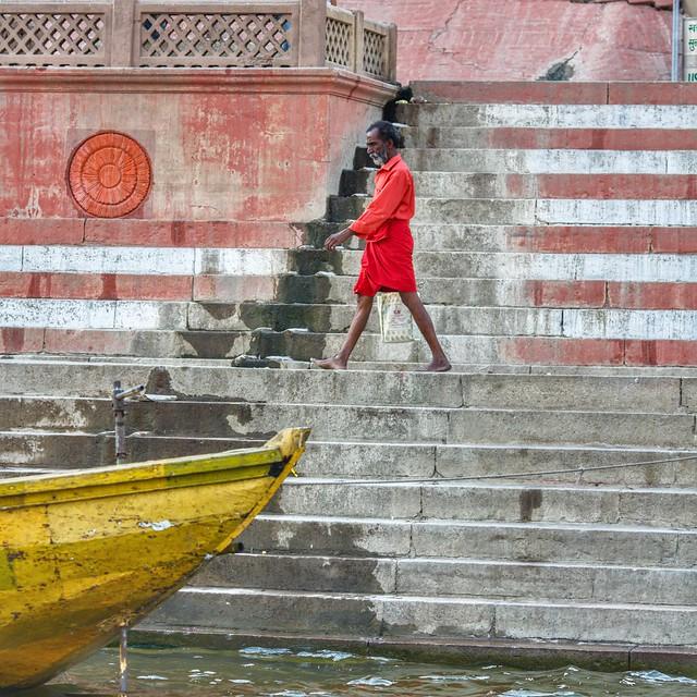 Walk like a Varanasian ~ India