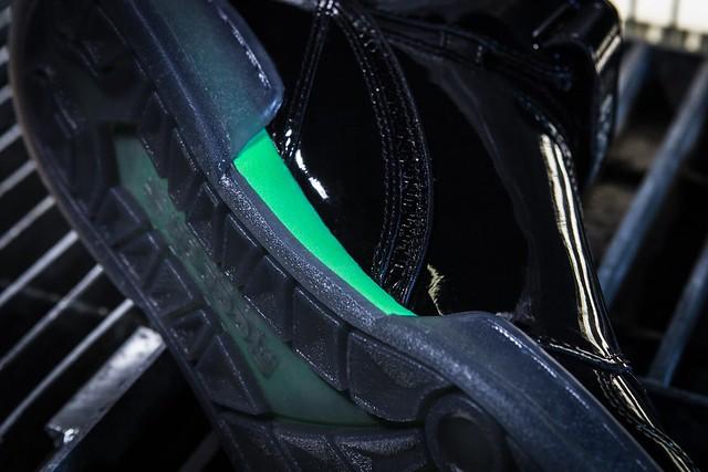 """Reebok 將推出《異形2》紀念鞋款『最終決戰』套裝組合 Reebok Alien Stomper """"Final Battle"""" DOUBLE-PACK"""