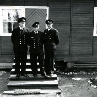 Merivartijat Glosholmenin merivartioaseman edustalla 1959