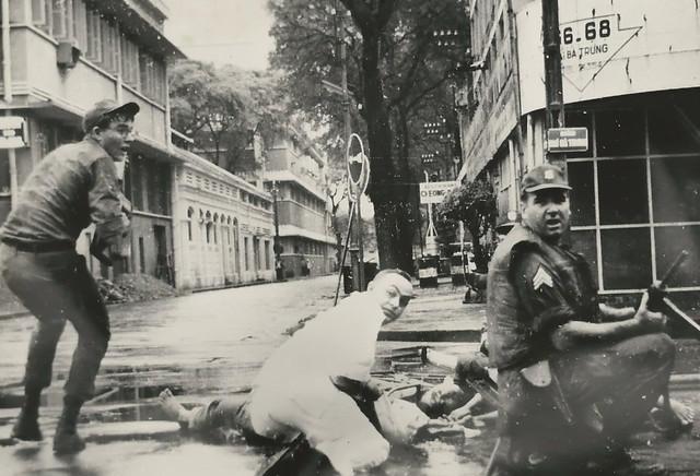 1966 Terrorist Attacks and Riots in SAIGON - Đường Nguyễn Siêu (phía sau Quốc Hội)