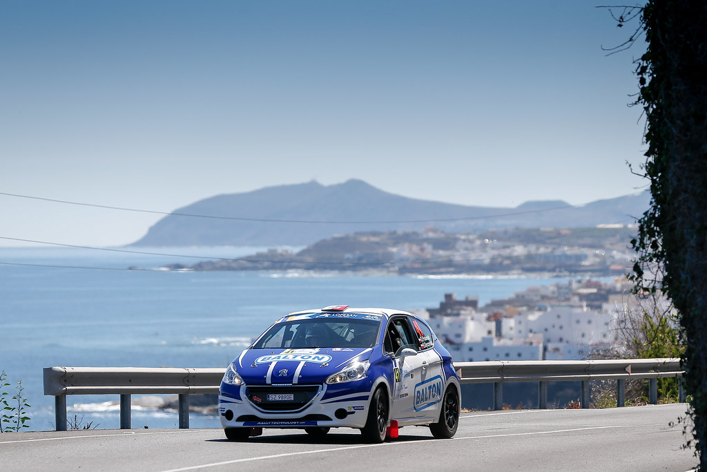 41 POLONSKI Dariusz (POL), GRYCZYNSKA Balbina (POL), Peugeot 208 VTI R2, Action during the 2017 European Rally Championship ERC Rally Islas Canarias, El Corte Inglés,  from May 4 to 6, at Las Palmas, Spain - Photo Alexandre Guillaumot / DPPI