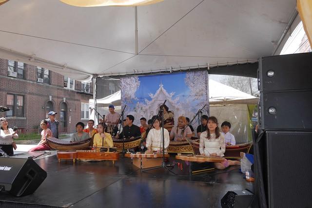 土, 2017-04-29 12:39 - Elmhurstのソンクラン タイ祭り