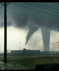 1.-Tornado Nuevo Laredo
