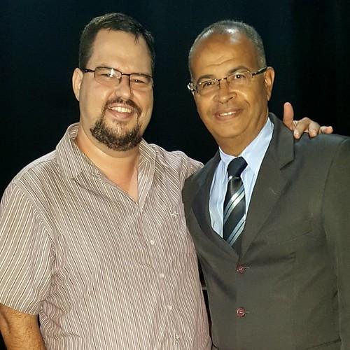 Grande amigo e Pastor Valcir, noite do Encontro de Adoradores em Tupã no anfiteatro Iori, glória a Deus! #bonnalouvorepalavra