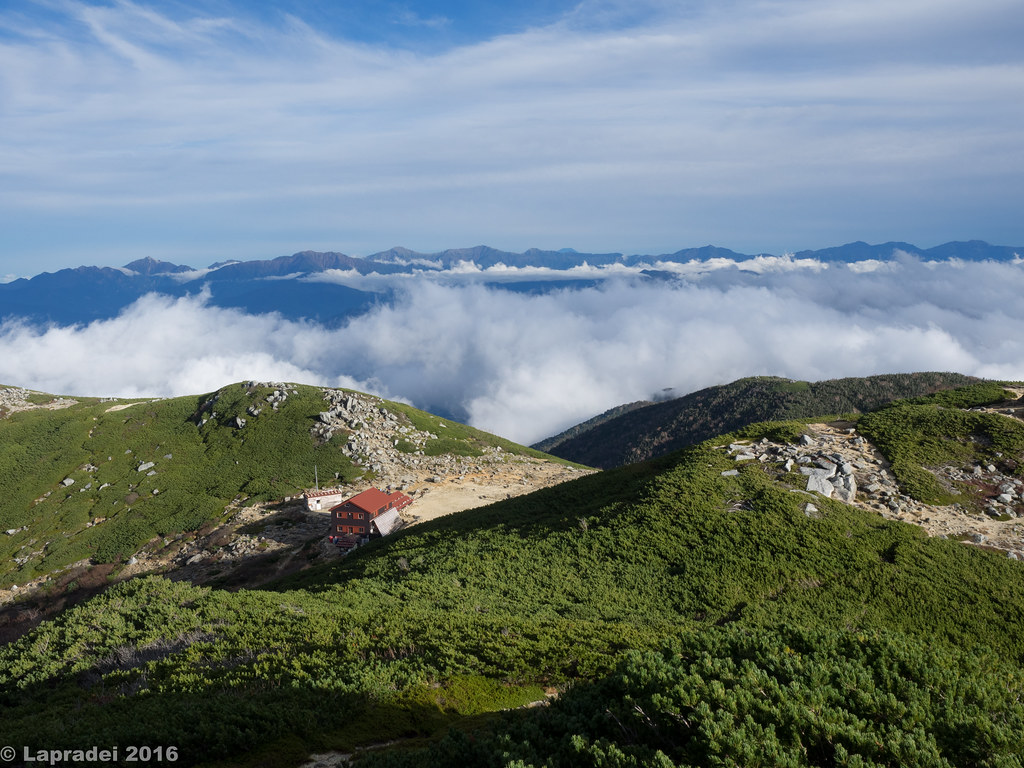 西駒山荘と南アルプス