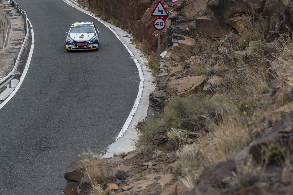 29 MARES Filip (CZE), HOULSEK JAN (CZE), Peugeot 208 R2, Action during the 2017 European Rally Championship ERC Rally Islas Canarias, El Corte Inglés,  from May 4 to 6, at Las Palmas, Spain - Photo Gregory Lenormand / DPPI