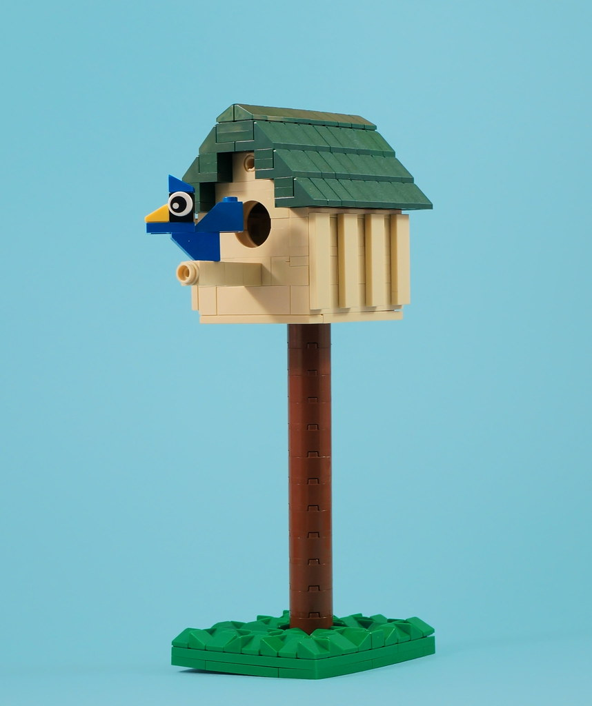 Bird House (custom built Lego model)