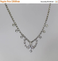 ON SALE Vintage Rhinestone Necklace. Clear Rhinestones Choker Necklace. Formal. Wedding. Bridal.