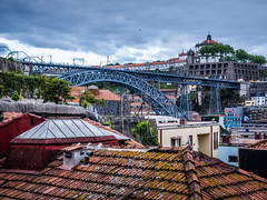 Dom Lu�s I Bridge from the roofs of Porto