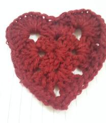 A crocheted heart @hagcollections   #heart #crochet #crochetmoms #handmade #hagcollections #crochetersofinstagram #expatmoms #dohabloggers #dohamakers #qatar #like