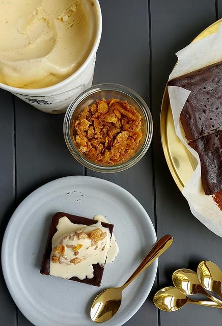 Cornflake crumble with Kohu Road Ice Cream and baked chocolate mousse #momofuku #goldcutlery