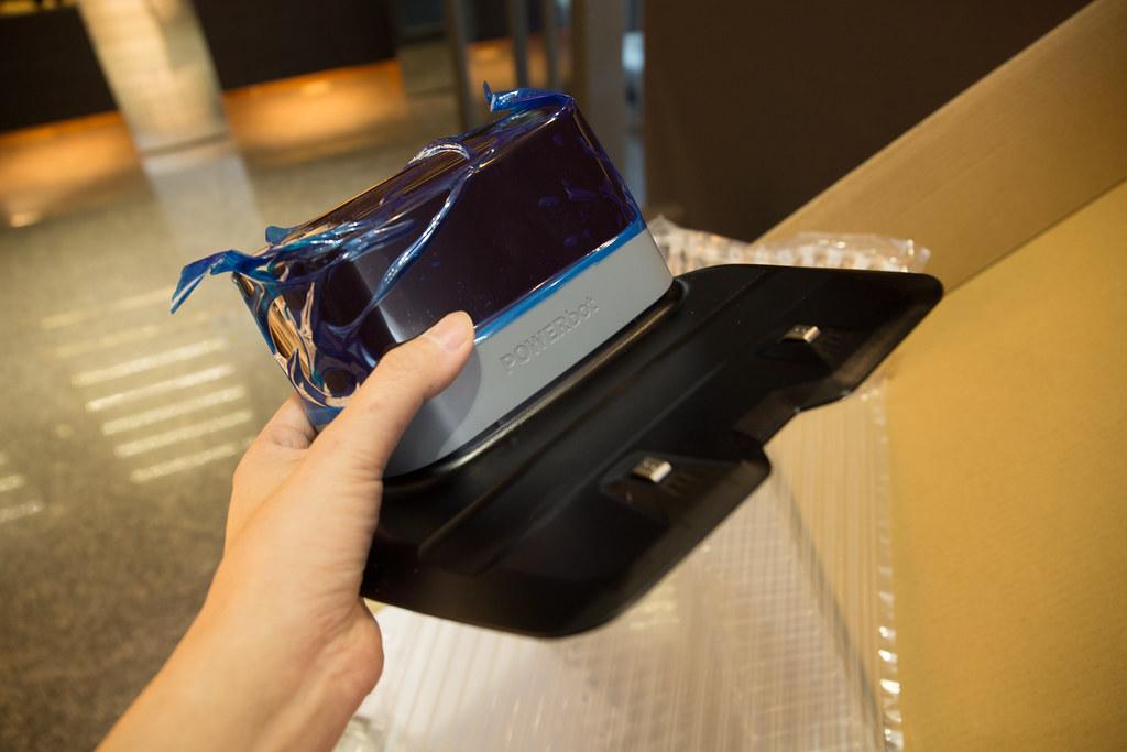 強力吸力時尚輕薄機身,新一代三星 Samsung POWERbot 極勁氣旋機器人評測 @3C 達人廖阿輝