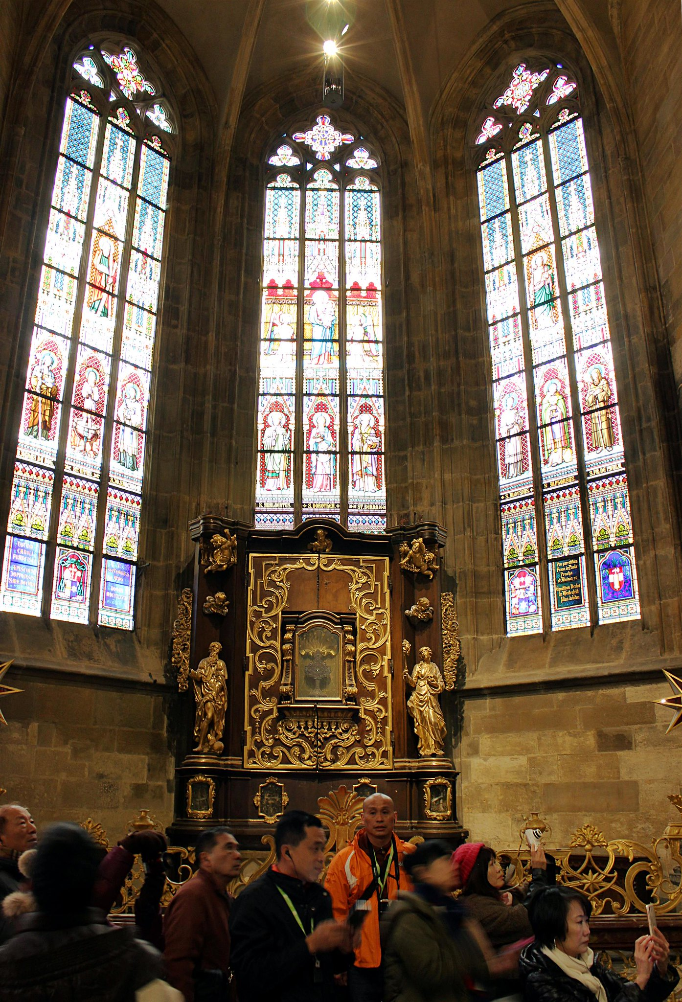 2017 03 23   024   Saxon Chapel, Cathedral of St Vitus, Third Courtyard, Prague Castle (Custom)