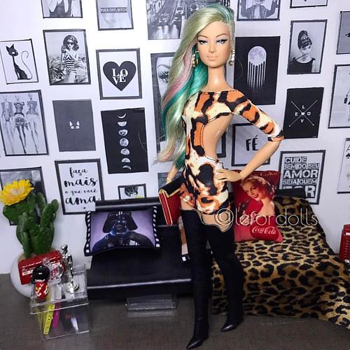 Look de hoje para a festa da playboy Barbopolis!! #love #dolls #fashion #doll #dollstagram #dollsoninstagram #fashion #style #designer #picoftheday #photooftheday #instadoll #dollcollector #dolls #mydoll #instadoll #ilovefr #dollphotography #dollphotogall