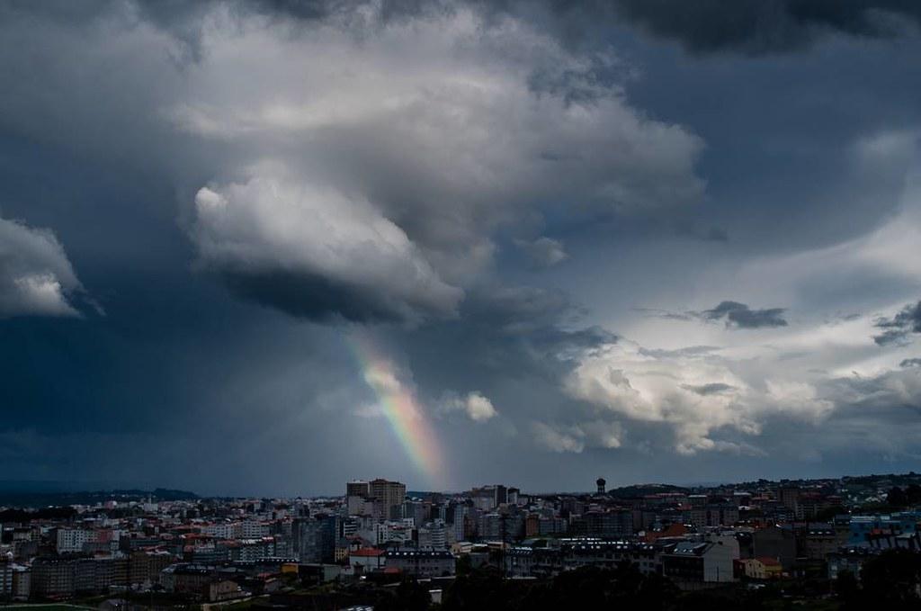 Spring sky. #primavera #sky #spring #nubes #clouds #coruña #photography #skyphoto