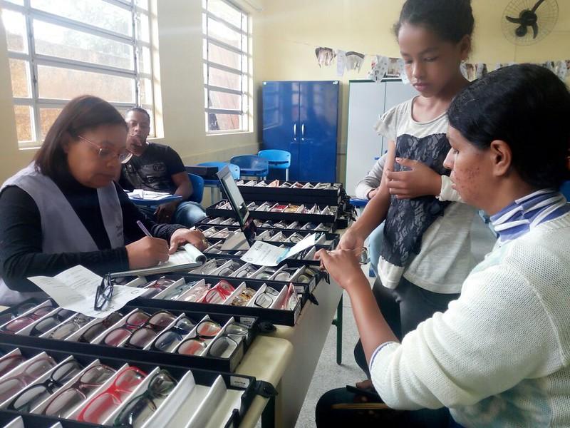 Associação de Moradores e ONG atendem mais de 600 pessoas na Vila Garcia 2