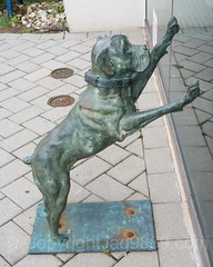 Dog Sculpture at the Corporate Park of Staten Island, Bloomfield, New York City