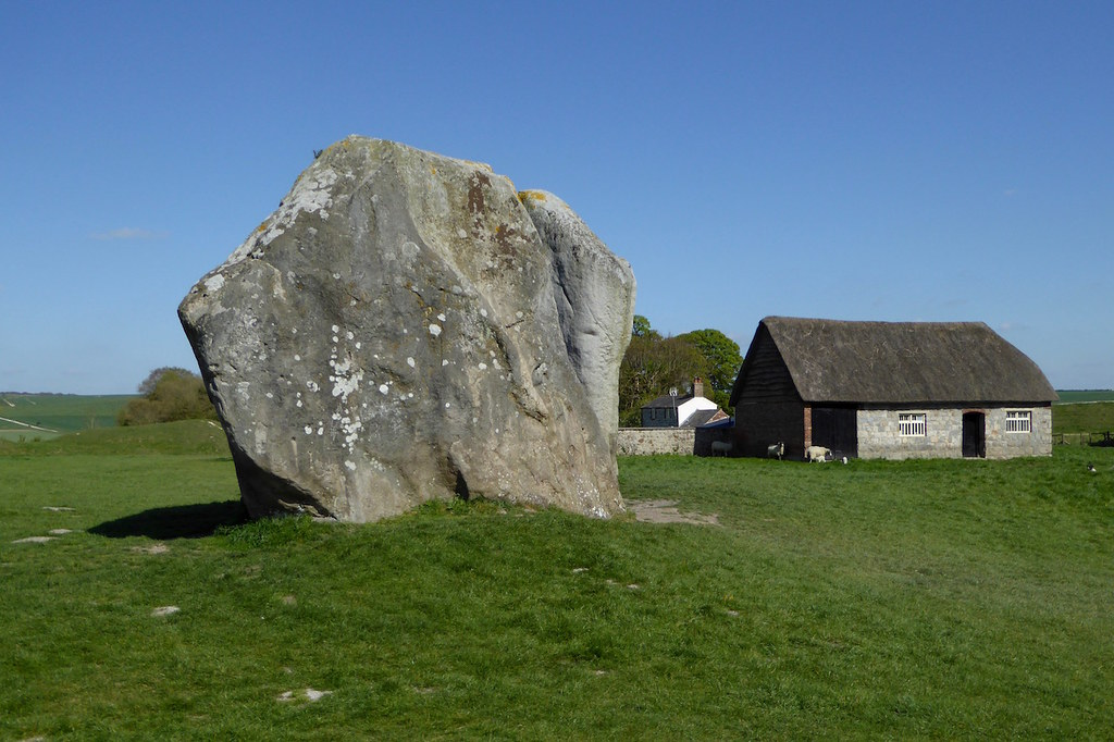 Avebury stone circle Pewsey to Avebury walk