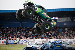 Swamp Thing getting lots of air (Truckfest 2017)