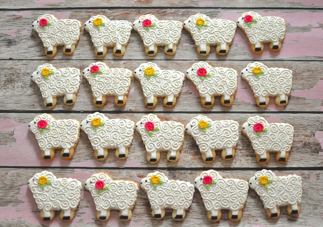 Sheep Cookies For Wedding