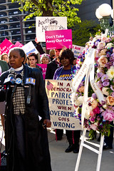 Reverend Jeanette Wilson Operation PUSH Protesting Trumpcare Chicago 5-11-17 6275