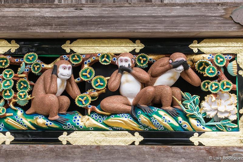 Los tres monos sabios del santuario Toshogu de Nikko