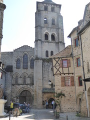 Approaching the Abbey Church of Saint Pierre, Beaulieu