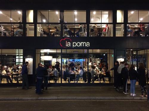 Italian Restaurant La Poma / Barcelona