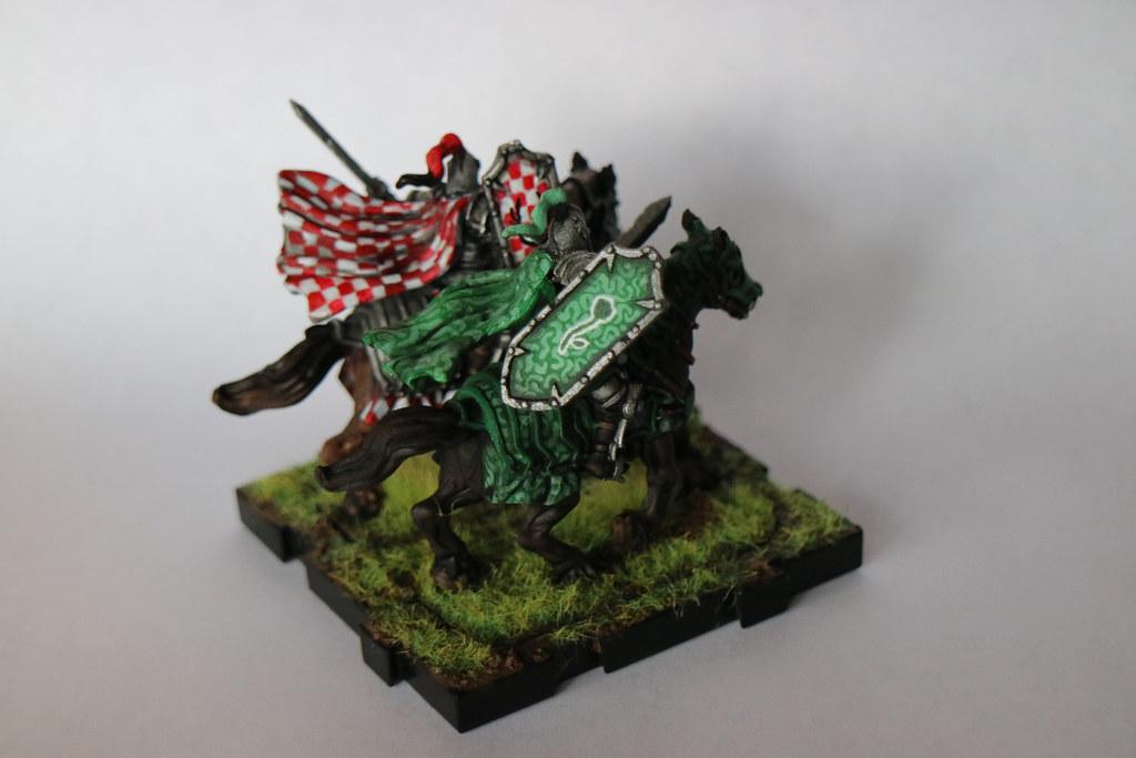 Runewars Miniatures Daqan Knights Back 1