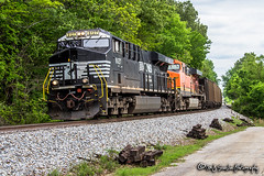 NS 8127 | GE ES44AC | NS Memphis District