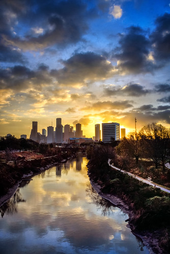 houston texas downtown skyline buildings building cityview cityscape landscape river bayou relfection reflections clouds sky architecture sunrise sunrises sunsets sunset