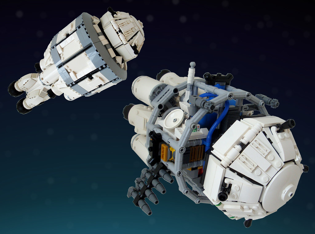 "Local Orbit Defense Starfighter ""Artemis"" (custom built Lego model)"