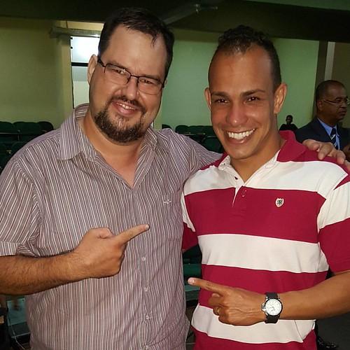 Grande adorador Anderson Monari, foi top, noite do Encontro de Adoradores em Tupã no anfiteatro Iori, glória a Deus! #bonnalouvorepalavra