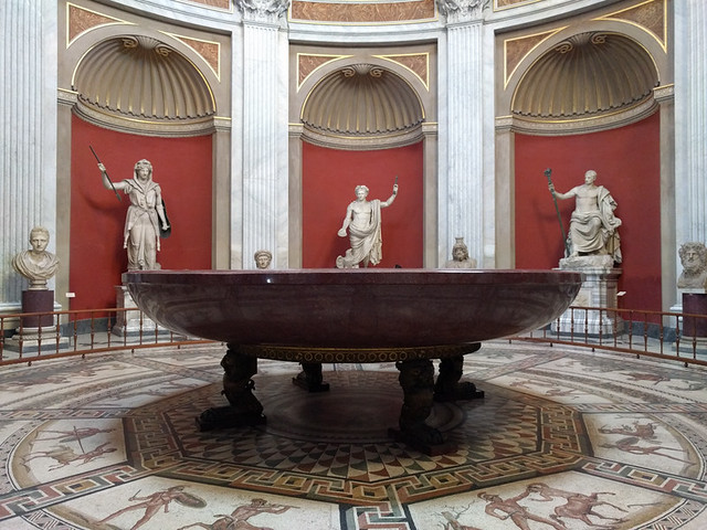 porphyry bathtub of Emperor Nero