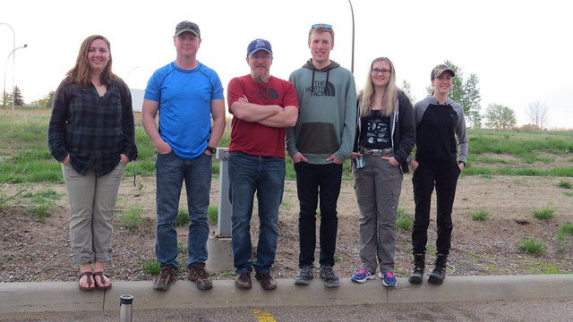 Alberta ground crew: Left to right: Elizabeth Beck (CWS), Garnet Raven (CWS), Michael Watmough (CWS), Joel Knoop (CWS-student), Kailyn Wiebe (CWS-student), Michelle Chupik (volunteer) and Absent: Jason Caswell (Alberta Environment and Parks) Photo credit: Michelle Chupik