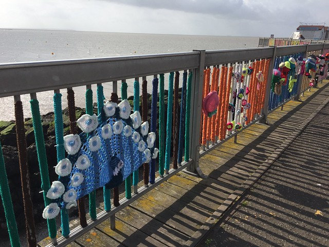 Yarn Bombing on Herne, Apple iPhone 6, iPhone 6 back camera 4.15mm f/2.2