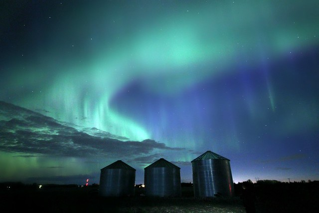 Bin Chasing Aurora, Canon EOS REBEL T5I, Sigma 10-20mm f/4-5.6